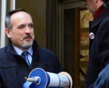 (Mozgó)Képes beszámolók a KKDSZ petíciójának átadásáról