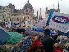 Hír TV Newsroom –  Csóti Csaba a petícióról