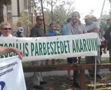 Tüntetés a cafetéria elemek megadóztatása ellen